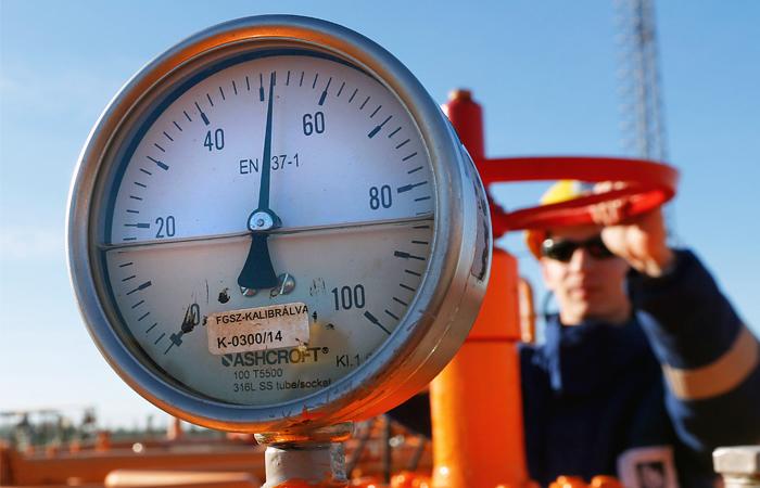 Запасы газа в европейских хранилищах сравнялись с прошлогодним
