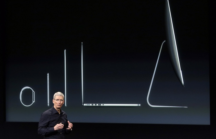 Apple вышла на первое место по обороту от продаж смартфонов в России