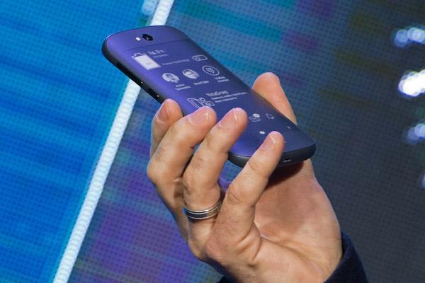 Больше миллиона россиян избавились от «мобильного рабства»