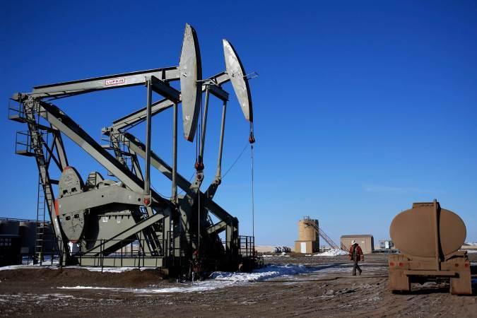 Цена нефти марки Brent опустилась ниже $61 за баррель из-за санкций ЕС