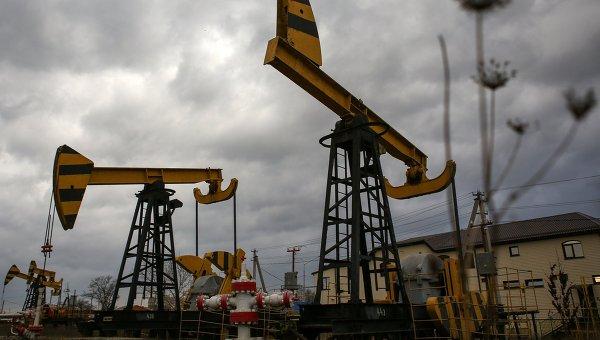 Мировые цены на нефть растут на снижении ее запасов в США