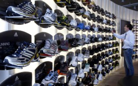 Adidas закроет около 200 магазинов в России в 2015 году
