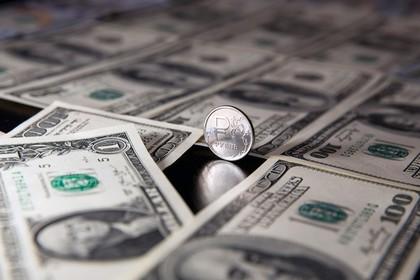 Минфин поделился ожиданиями по уходу денег из страны