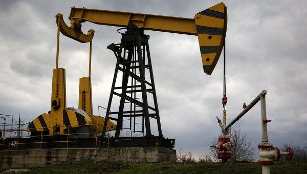 Цены на нефть слабо растут на данных по запасам нефти в США
