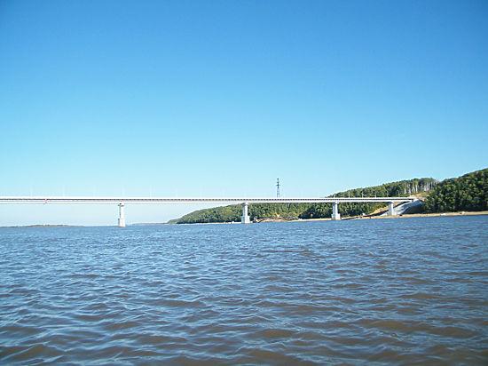 Китай проникнет в Россию через первый автомобильный мост