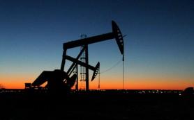 Мировые цены на нефть снижаются на данных из США по добыче нефти