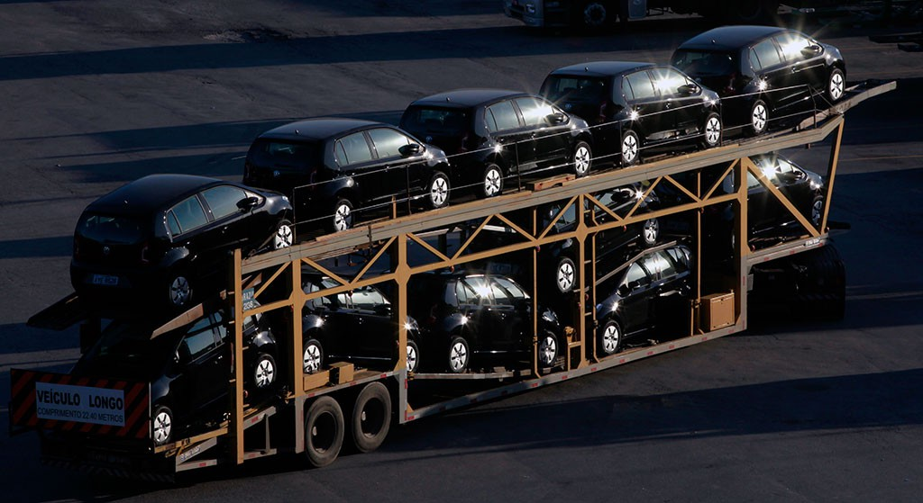 В первом полугодии продажи люксовых автомобилей в России выросли на 95%
