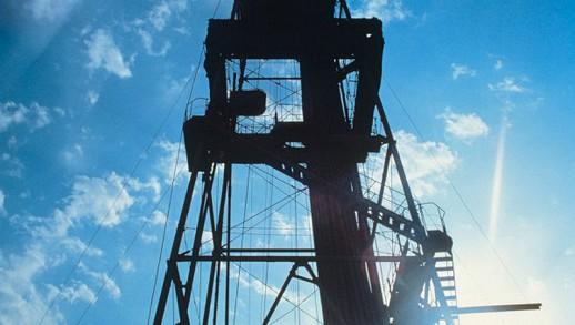 Британский экономист: дешевая нефть всегда ведет к подъему экономики