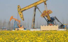 Цена на баррель нефти Brent упала ниже 48 долларов