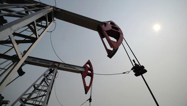 Министр Ирана: нефтегазовые контракты с РФ могут быть заключены в 2016