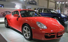 Porsche из-за «дизельного скандала» приостановила продажи в США и Канаде Porsche Cayenne