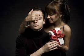 Выбор новогоднего подарка своему парню
