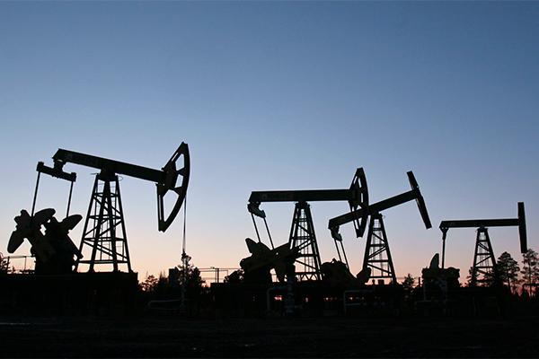 Нефти предсказали отскок до $50 за баррель