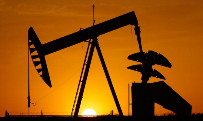 Стоимость барреля нефти Brent опустилась ниже 35 долларов