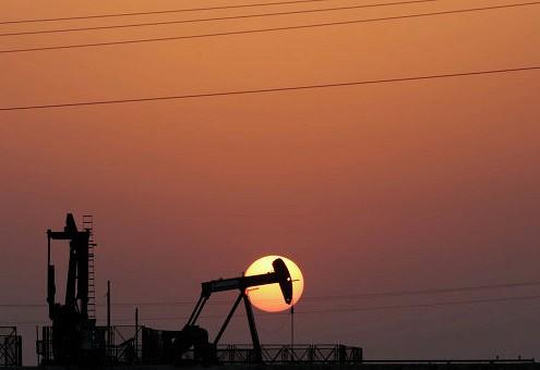 Нефть дешевеет на фоне фиксации инвесторами прибыли