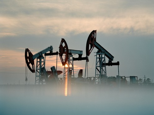 Эксперты ВШЭ допустили обвал нефтяных цен ниже 30 долларов