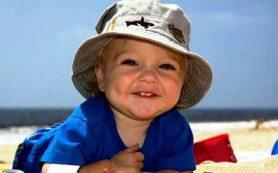 Как помочь малышу перенести летнюю жару?