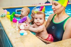 Поговорим об обучении плаванию с рождения