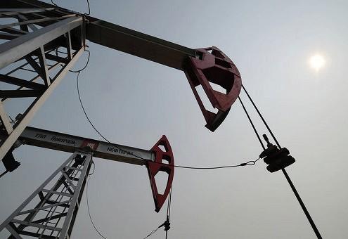 Нефть дорожает на фоне сокращения числа буровых установок в США