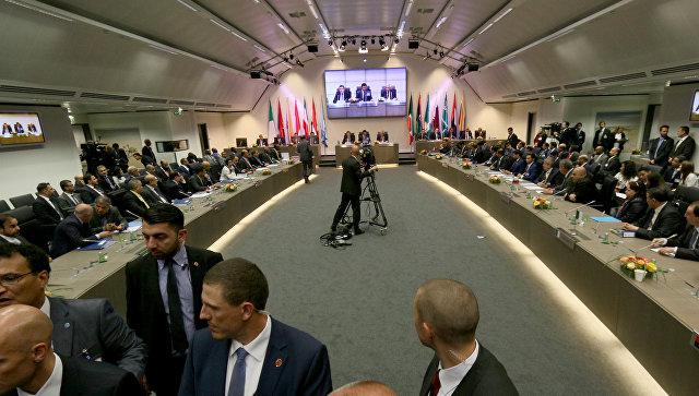 Страны ОПЕК не договорились о новом потолке нефтедобычи