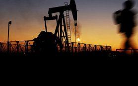 Нефть слабо дешевеет на данных API о запасах в США