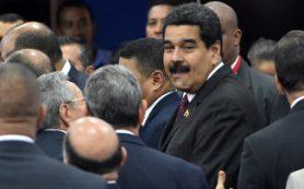 Мадуро: Венесуэла предлагает добывающим странам вновь обсудить цены на нефть