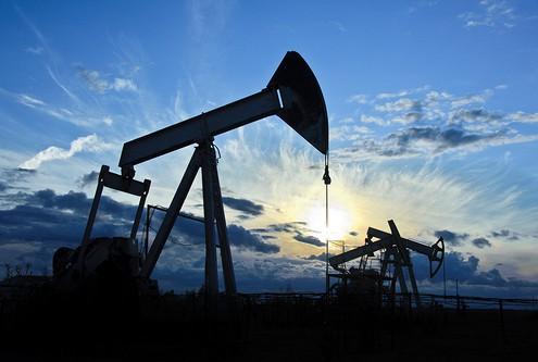 ОПЕК повысила прогноз по росту мирового спроса на нефть в 2016 году