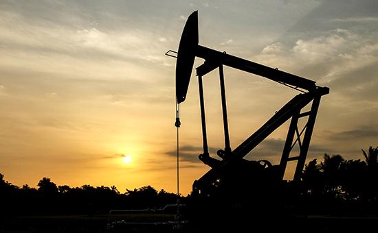СМИ: эксперты предсказали падение цен на нефть из-за возвращения «сланца»