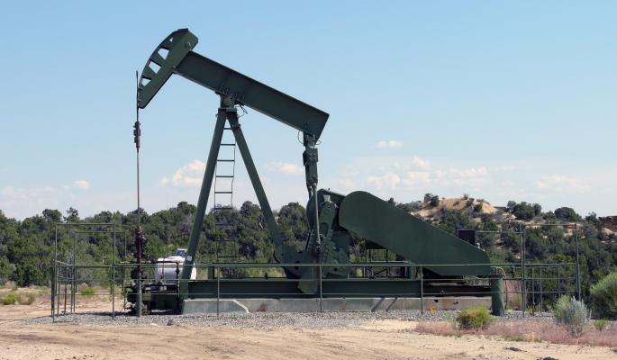 Цена на нефть стала предметом политической игры