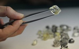 «Алроса» сократила добычу алмазов на 6% за 9 месяцев