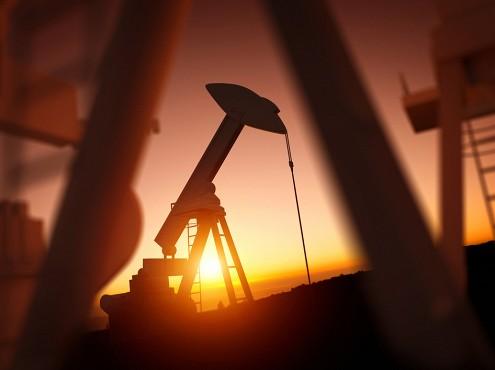 Цены на нефть марки Brent держатся выше 52 долларов за баррель