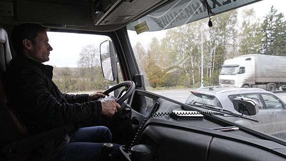 «Черные ящики» могут встроить в грузовой транспорт