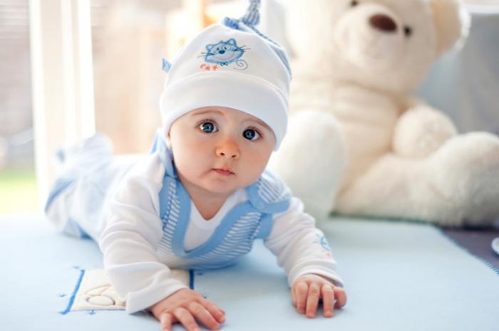 Первая одежда малыша