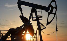 Нефть дешевеет на данных по росту буровых установок в США