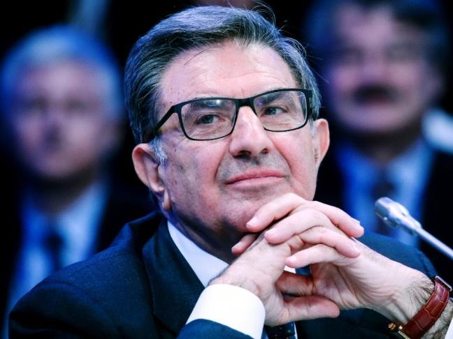 Банк «Интеза» готов участвовать в приватизации ВТБ и Сбербанка