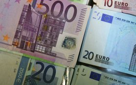 Официальный курс евро на четверг вырос до 60,26 рубля