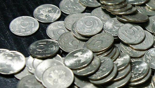 Долги с граждан все чаще взыскивают в упрощенном судебном порядке