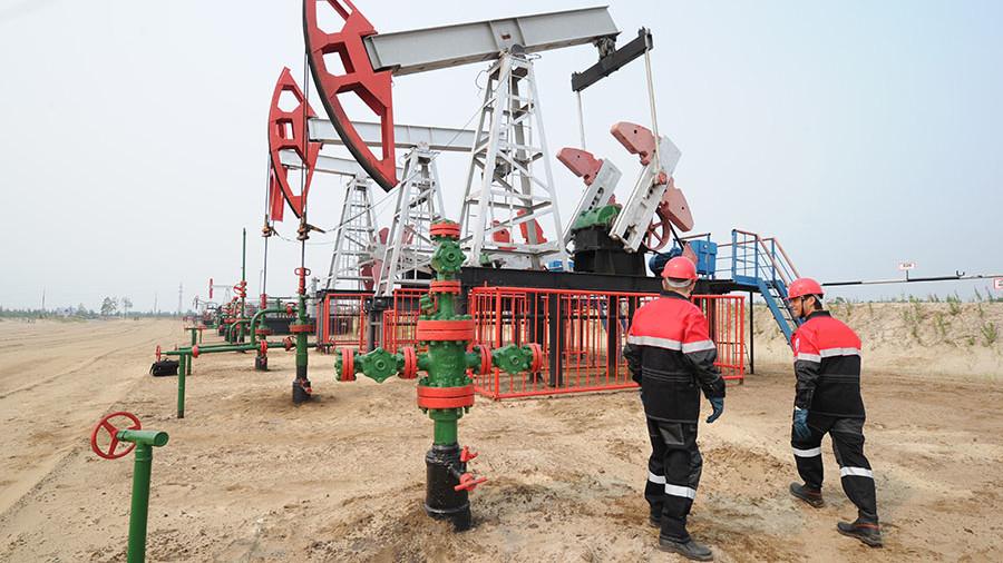ОПЕК повысила прогноз по добыче нефти в России в 2018 году