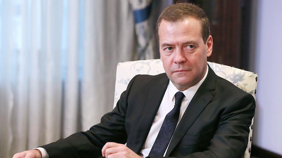 Медведев подписал постановление о создании трех ТОР в регионах РФ