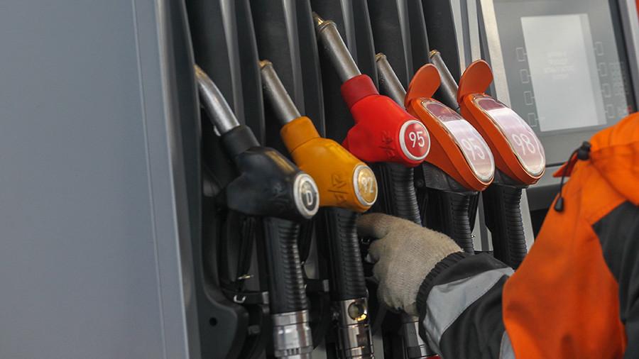 Госдума приняла новые ставки акцизов на топливо