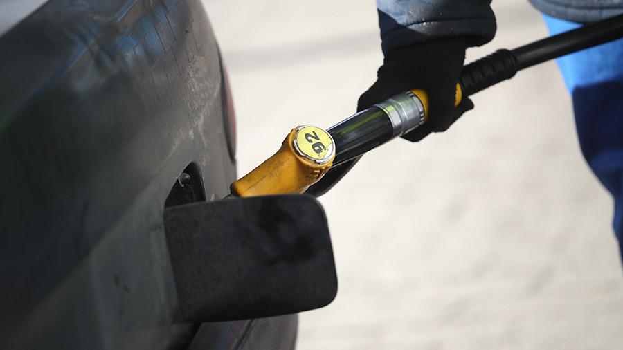 За некачественным топливом присмотрят общественники