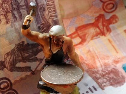 Орешкин: рубль не рухнет