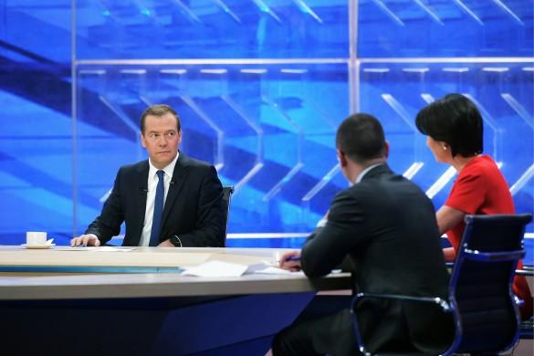 Медведев отбил пенсионную провокацию Кудрина