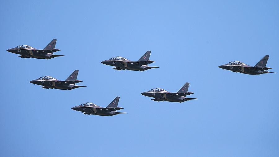 Россия поставит Мьянме дополнительно шесть самолетов Як-130