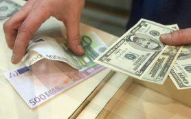 Госдума приняла во втором чтении законопроект об ужесточении наказаний за хищение средств с банковских карт