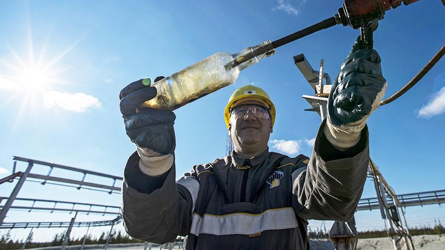 Односторонние санкции мешают развиваться нефтяному рынку