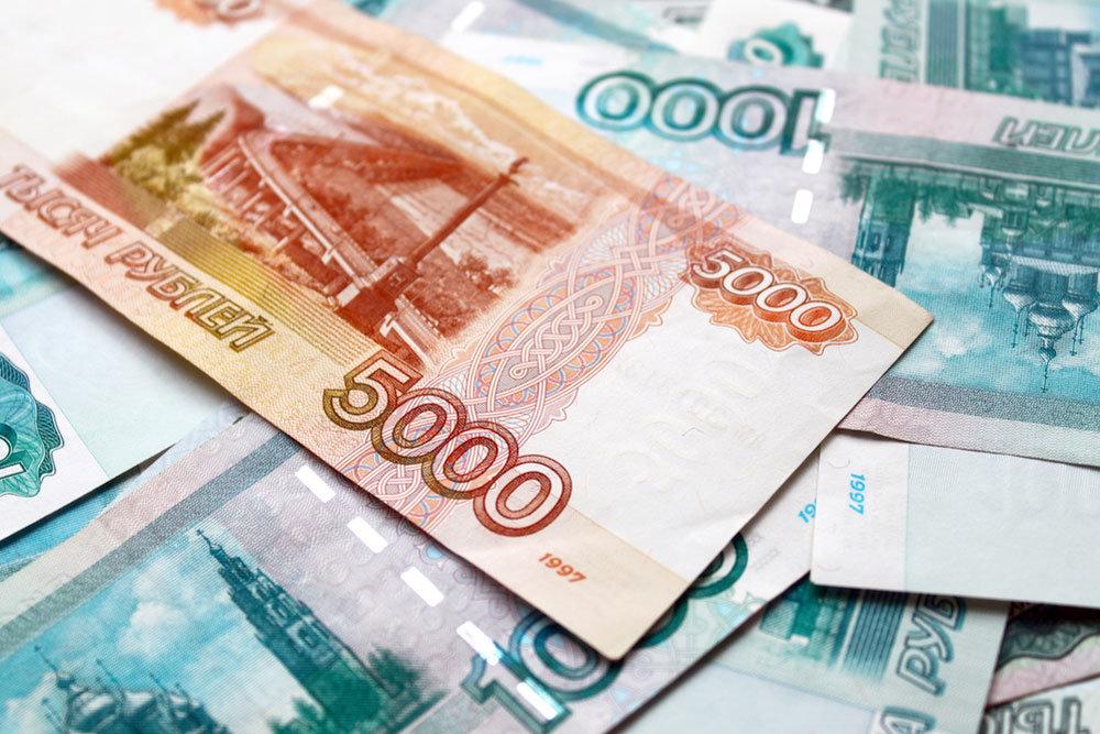 Рубль вместе с нефтью подготовились к новому рывку