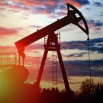 Нефтяников заставят поставлять долю добычи на отечественные нефтеперерабатывающие заводы