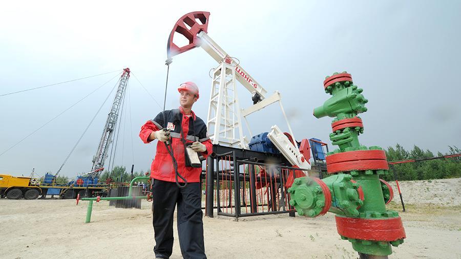 Нефтяная прибавка: компании добавили денег управленцам