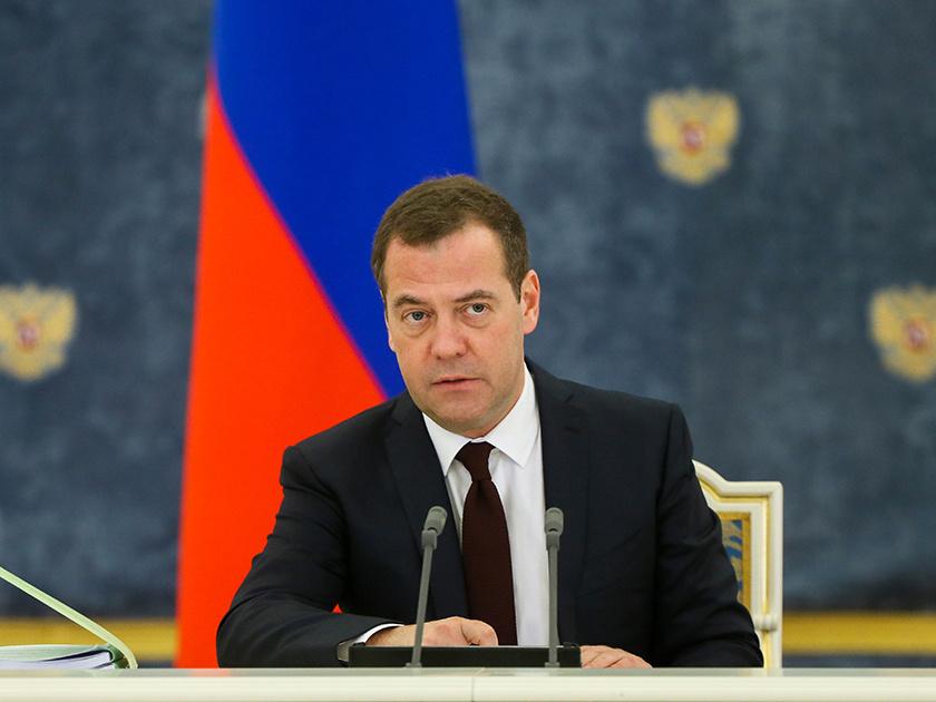 Премьер-министр РФ: бюджет на 2019 год должен учесть пенсионные изменения
